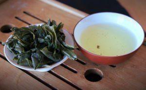 feuille thé caféine théine