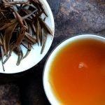 thé aiguilles rouges Chine