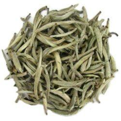 yin zhen jinggu thé blanc du yunnan pur bourgeons