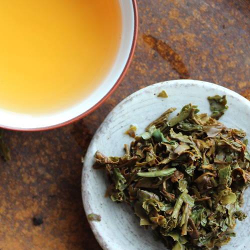 Thé noir bio népalais feuilles infusées