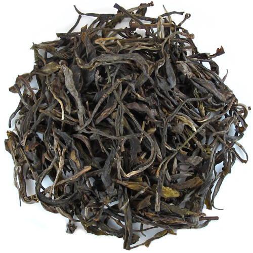 Feuilles de thé puerh vert de Phongsaly au Laos