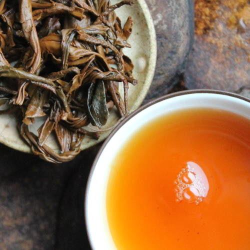 Thé rouge artisanal de vieux arbres Lincang