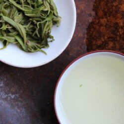 Infusion de thé vert Duyun